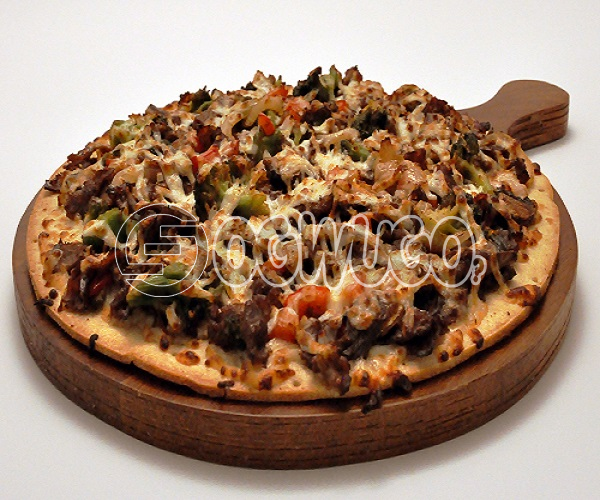 Beef Pizza (MEDIUM) Made with beef, onion, green pepper, hot pepper, tomatoes, cheese, sweet corn and tomato sauce.