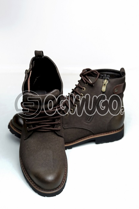 Timberland shoeGood for construction site and casual fashion wear. perfect on a pair of blue or blac