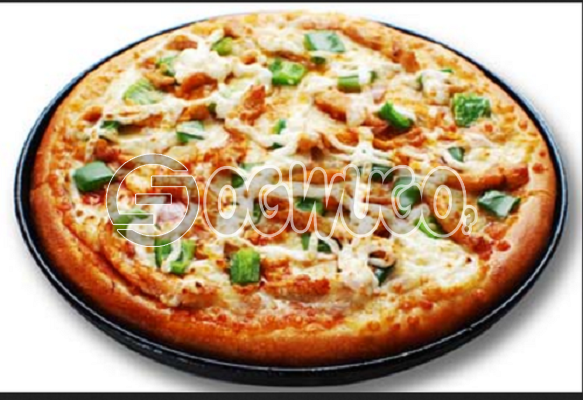 Exotic Pizza (MEDIUM) Made with Pineapple, Green Pepper, Onion, Cheese, Ham and Sausage.