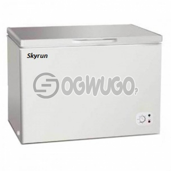 Skyrun Deep Freezer | 200L. Dimensions mm (W*D*H) 940*560*845  200L  Anti-rust protected  Low noise,super freezing  Wide voltage compressor  Extra-density insulation  Counter Balance Hinge