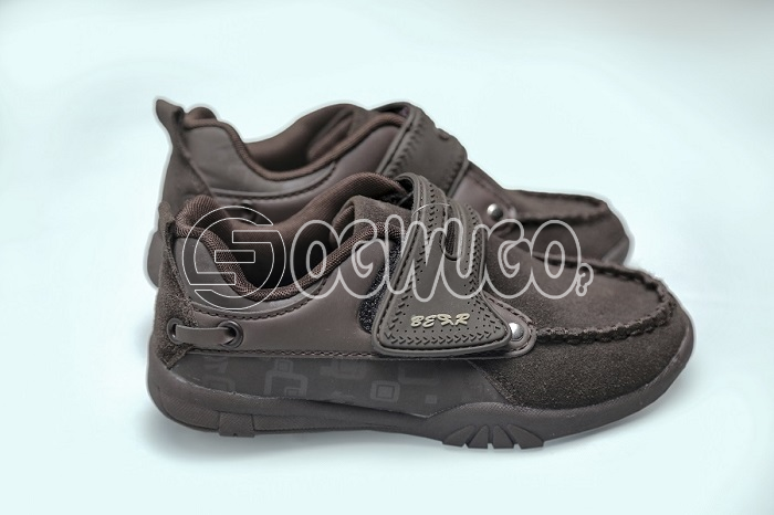 Bear brown shoe boys fashion ,very attractive,can come in various sizes.It is also a canvas.