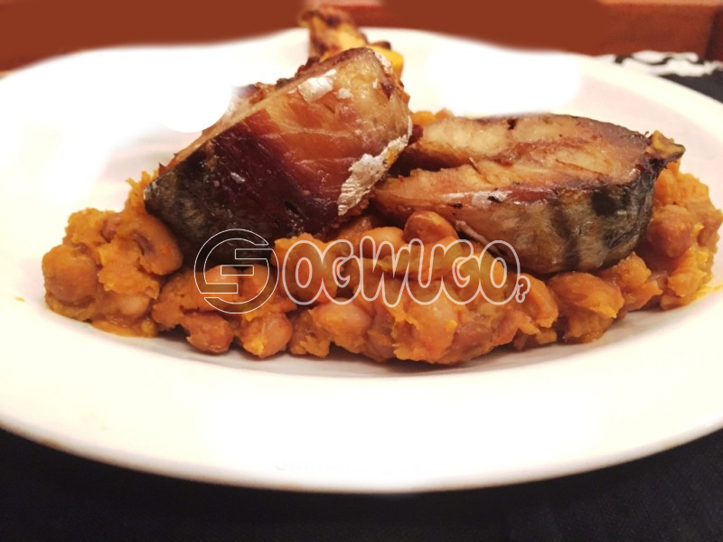 Sweet Beans, Yam and Plantain with Fish or Pork Meat, to give you maximum satisfaction and a fill of home made food, idle food for your lunch, dinner and breakfast can be served to anyone.: unable to load image