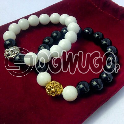 Boqer Royalty bracelets comes in silver heads which is in different sizes and designs.: unable to load image