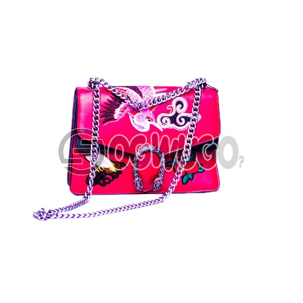 luxury fashion women chain hand bag smartly designed for events and occasions available in  different sizes and colours: unable to load image