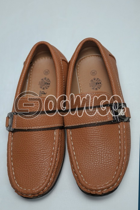 Axny brown shoe for boys made in different sizes,free to wear.look smart and attractive