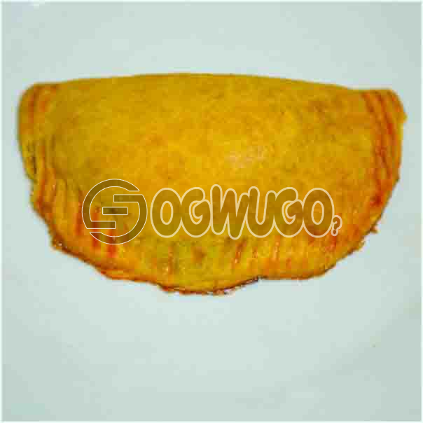 Freshly baked savory MEAT PIE it comes with a filling of meat just the way you like