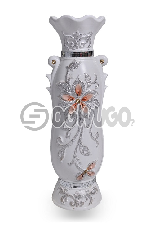 White antique vase.It is a unique flower vase,it gives your home or offices a different and attractive look.: unable to load image