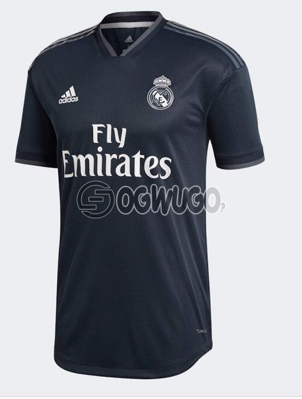 The Official Real Madrid Football Club Original Home Jersey Kit for 2018/19 Season.: unable to load image