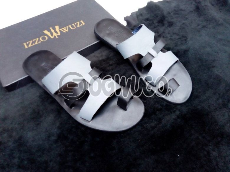 Izzowuzi special men's black EAZY flip flops; made with strong leather material.: unable to load image