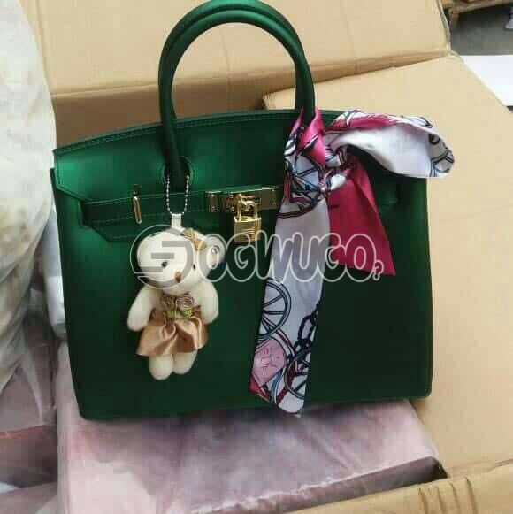 Luxury Female PVC Matte Jelly Grey Colored Messenger Handbag has been creatively and specially designed for stylish, elegant women with class and standard. : unable to load image