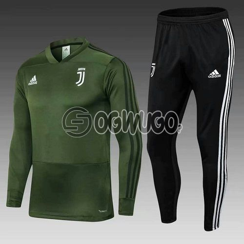 Juventus Original Tracksuit Jersey Order now and have it delivered to your doorstep.