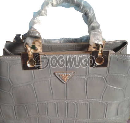 Designers women handbag, order now and it will be delivered to your doorstep in two days