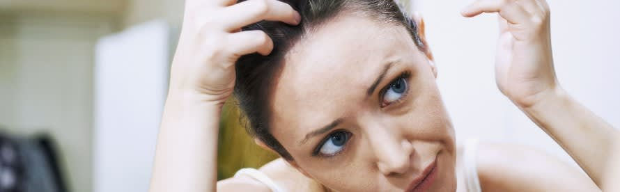 How To Properly Use Dandruff Treatment Products