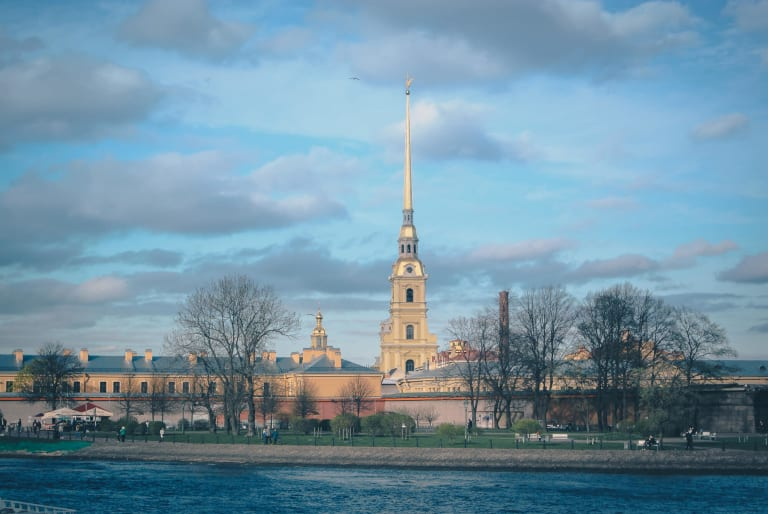 Петропавловская крепость. Вид с моста
