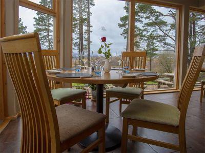 old-pines-restaurant-02