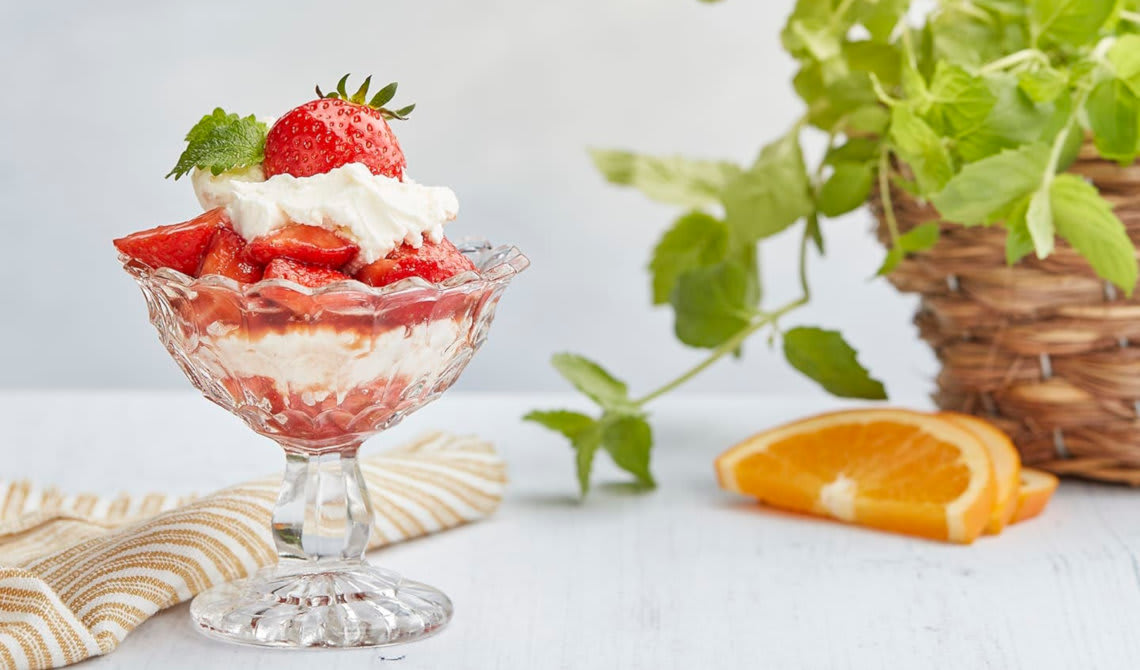 Balsamicomarinerte jordbær med mascarponekrem