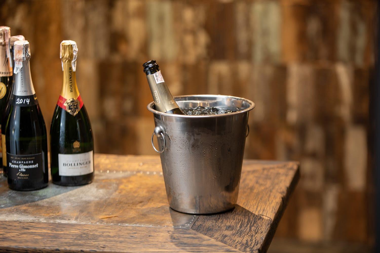 Правила дегустации игристых вин
