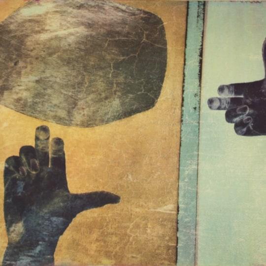 Hånd og stein by Ingrid Lilja Arntzen | onArts