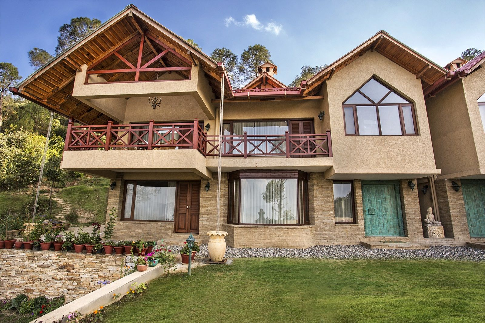 Luxury 4 bedroom cottage in Kumaon, Uttarakhand