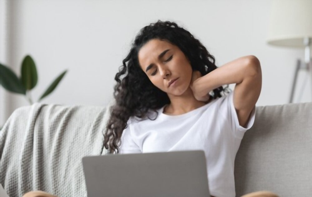 4 Tips On How To Deal With Text Neck