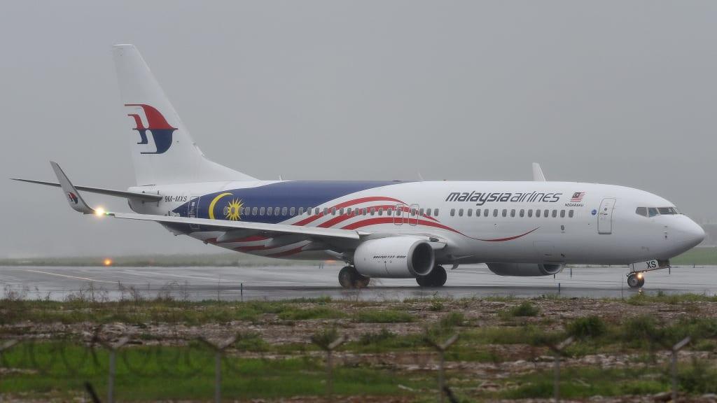 Boeing 737-8FZ(WL)