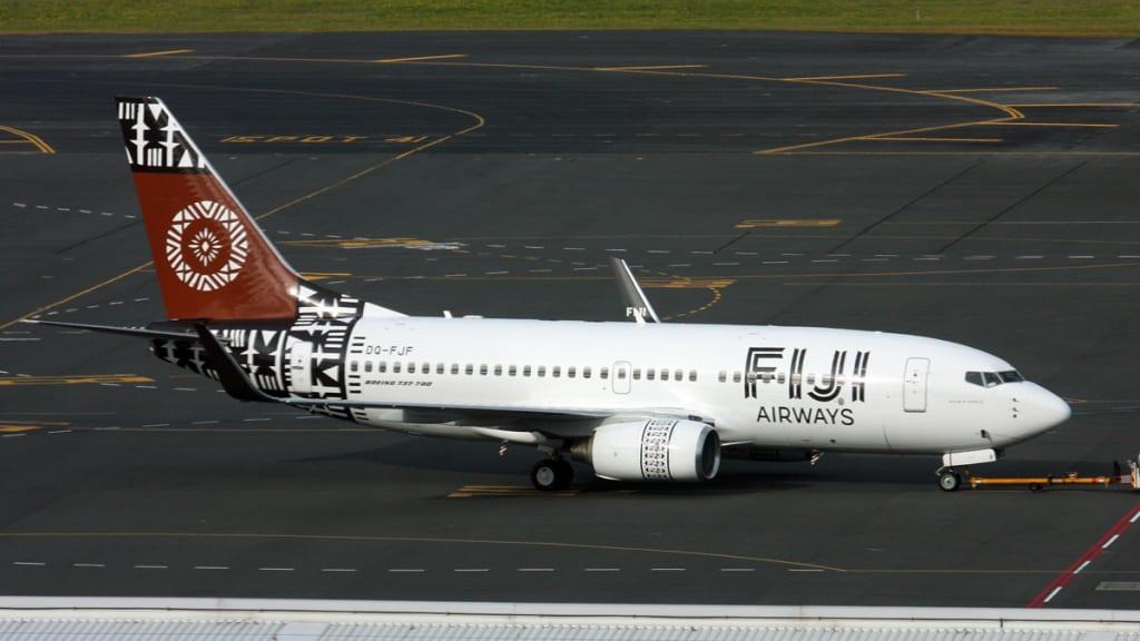 Boeing 737-7X2