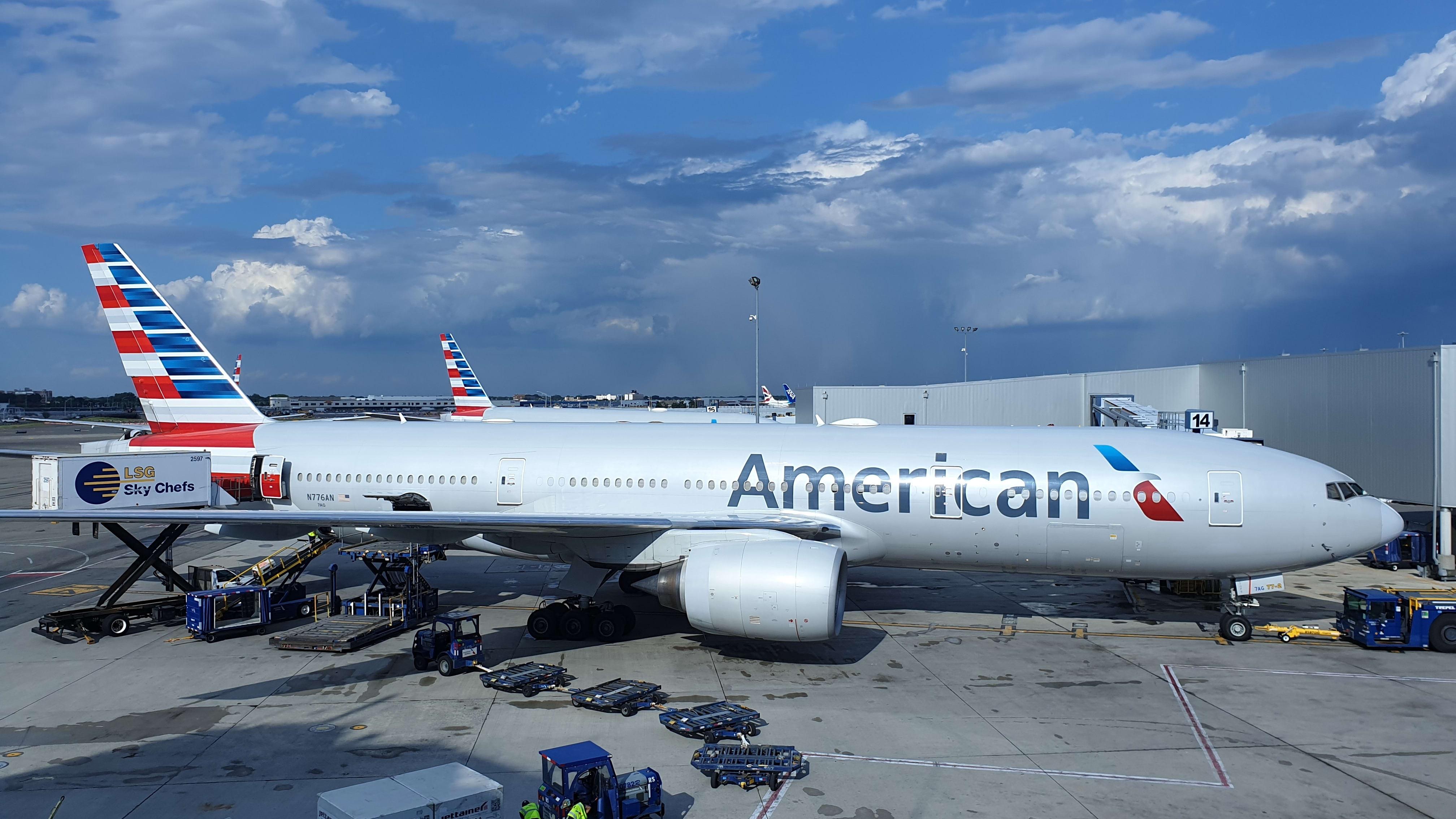 Boeing 777-223(ER)