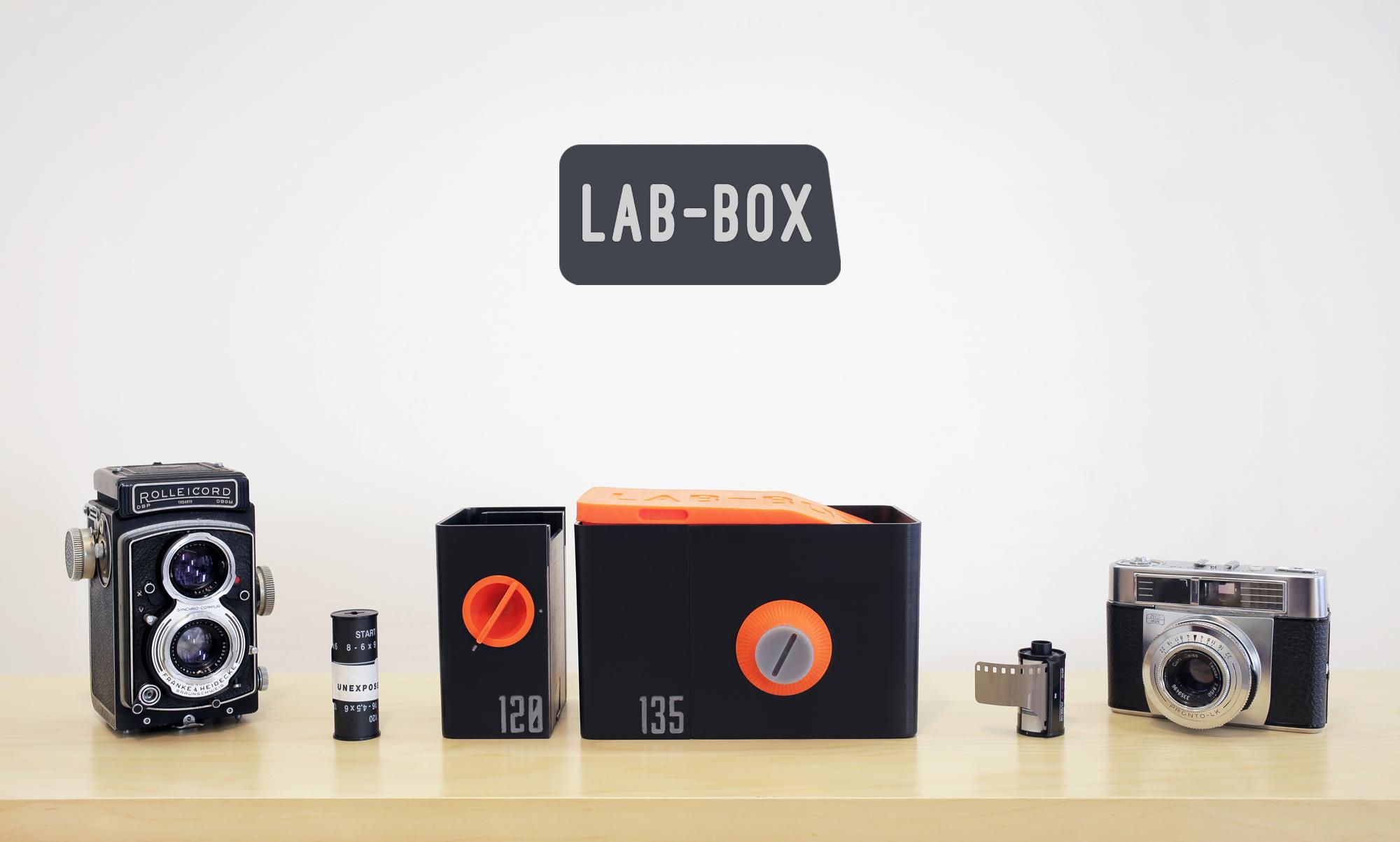 LAB-BOX - The first multi-format daylight-loading film tank
