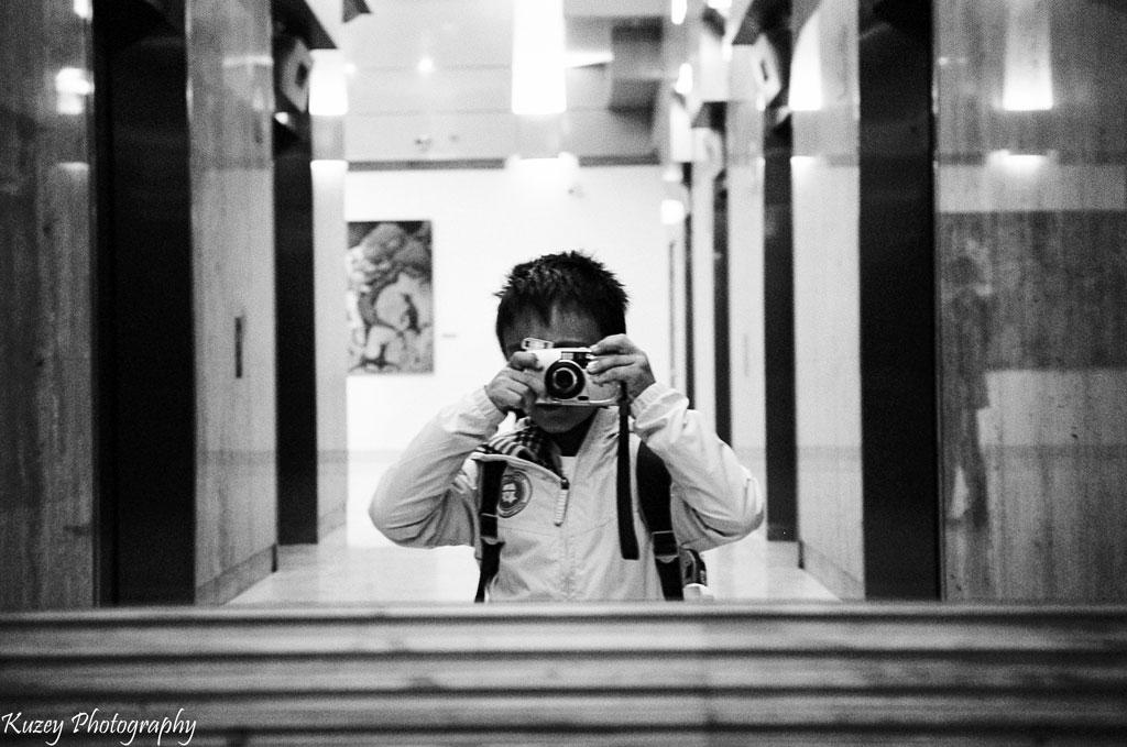 Kuzey, a 6-year-old film photographer!