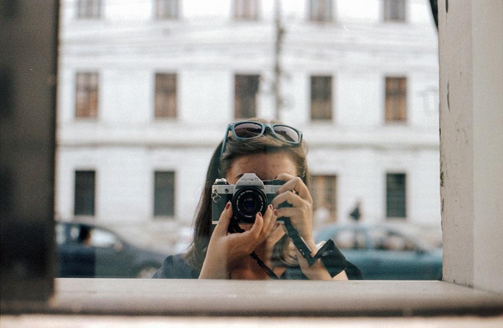 Retro 'selfies' with Crista Oiegas