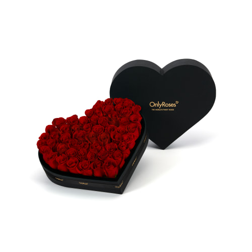Valentine S Classic Rose Heart London Delivery Onlyroses