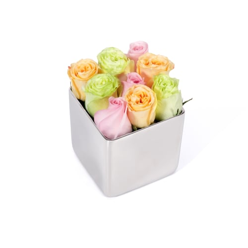 Classic Rose Silver Cube - OnlyRoses - The World's Finest Roses