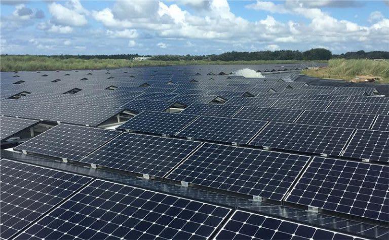 Wat houdt floating solar in?