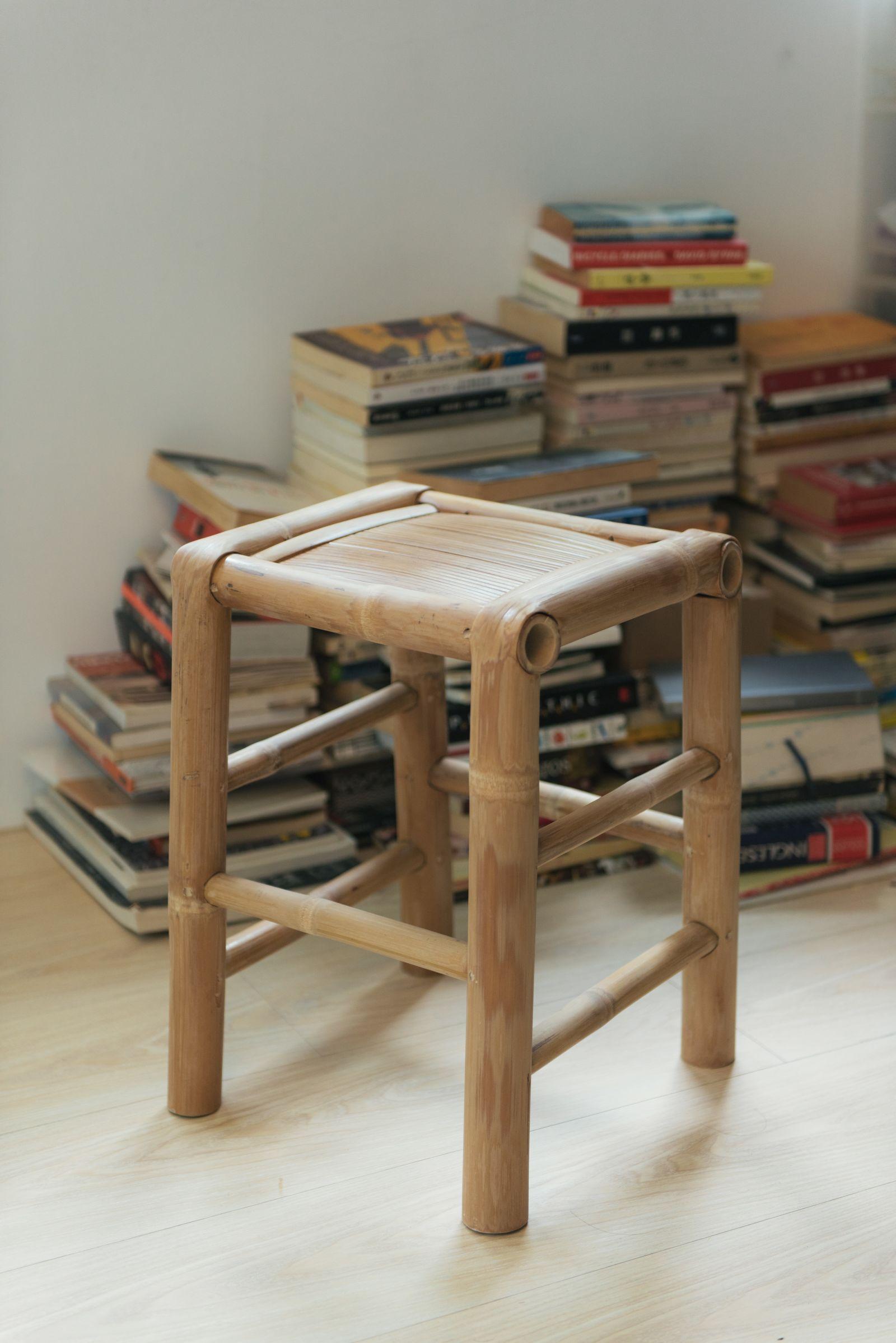 去除亮光漆與竹節的台灣竹椅更顯精緻