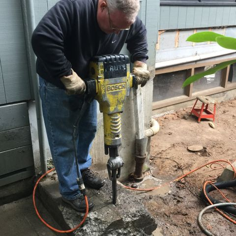How to use a jackhammer