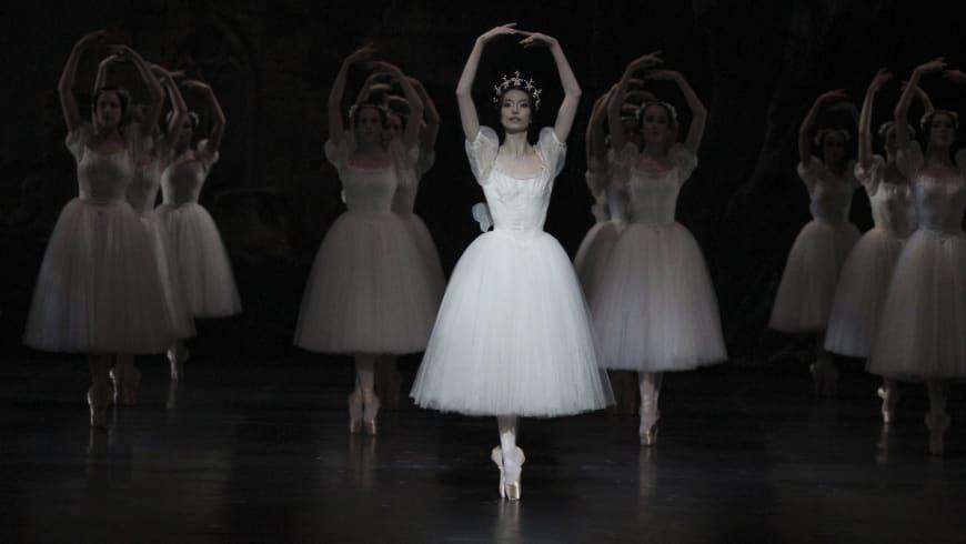 0e68ed9dfb9af Hannah O'Neill dans le rôle de Myrtha (Giselle, 2016)