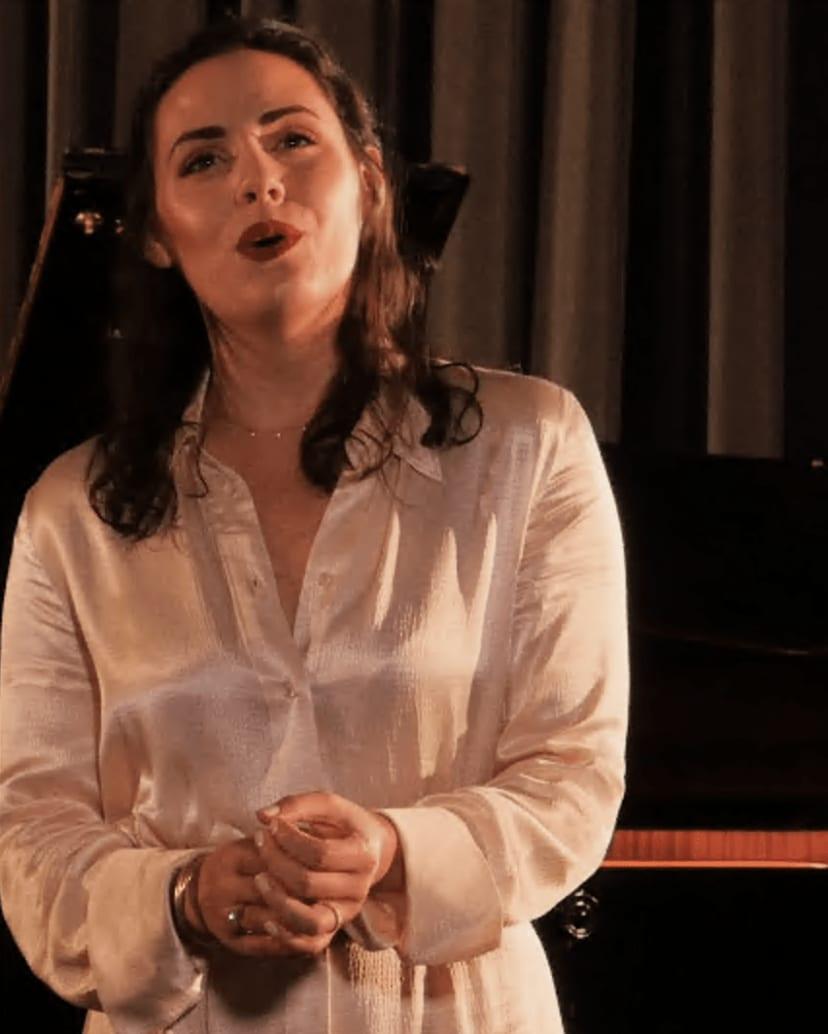 """Mezzo-soprano, the """"middle voice"""""""