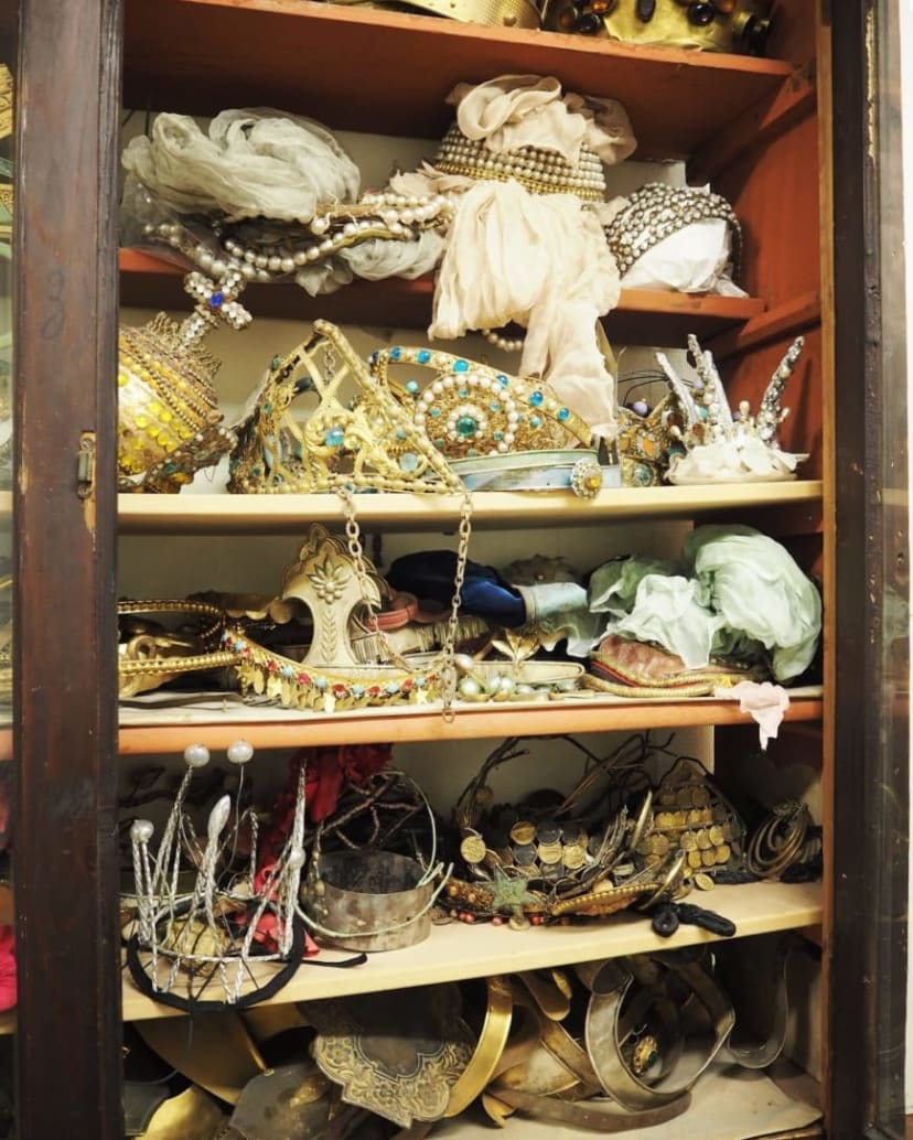 The magical world of costume decoration