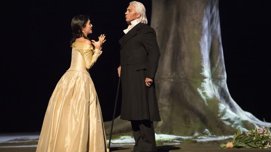 Dimitri Hvorostovsky in La Traviata