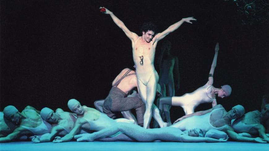 Jérémie Bélingard (Puck) dans Le Songe d'une nuit d'été de John Neumeier, Palais Garnier, 2001