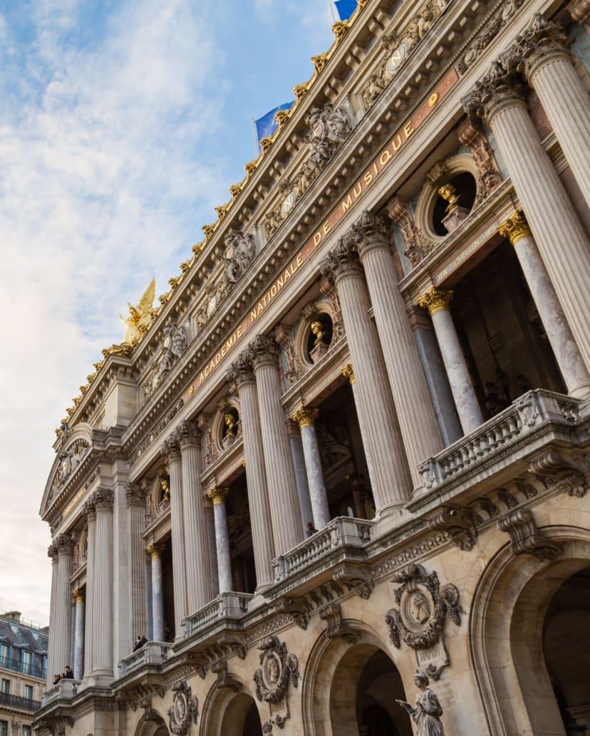 The Paris Opera: a Chronicle across time