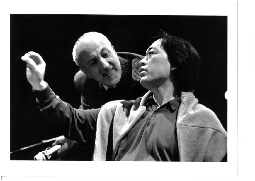 Pierluigi Pizzi et Myung-Whun Chung lors d'une répétition des Troyens, spectacle d'ouverture de l'Opéra Bastille, 1990