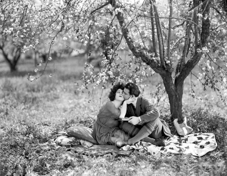 Camille, film de Ray C. Smallwood, 1921, avec Alla Nazimova et Rudolph Valentino