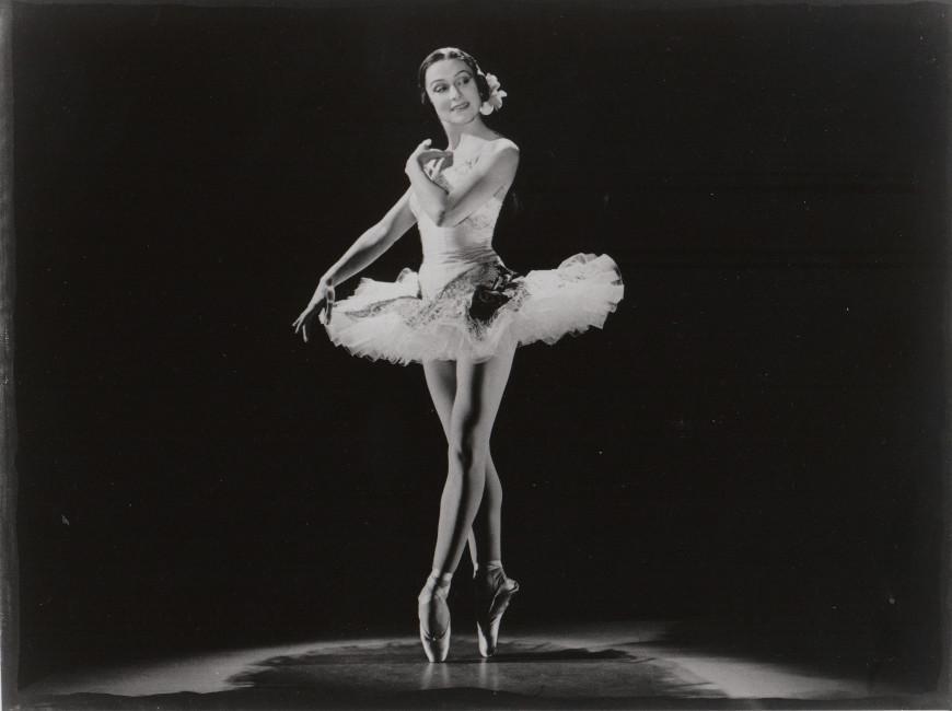 Yvette Chauviré dans Grand Pas classique de Victor Gsovsky, ballet créé pour elle en 1949