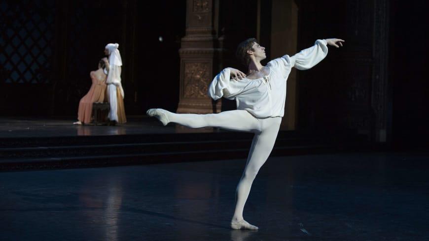 Josua Hoffalt dans le rôle de Roméo