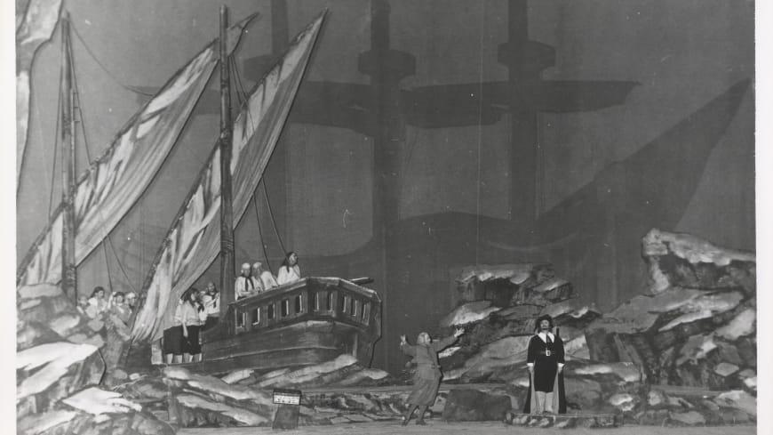 Création du « Vaisseau fantôme » à l'Opéra en 1937.