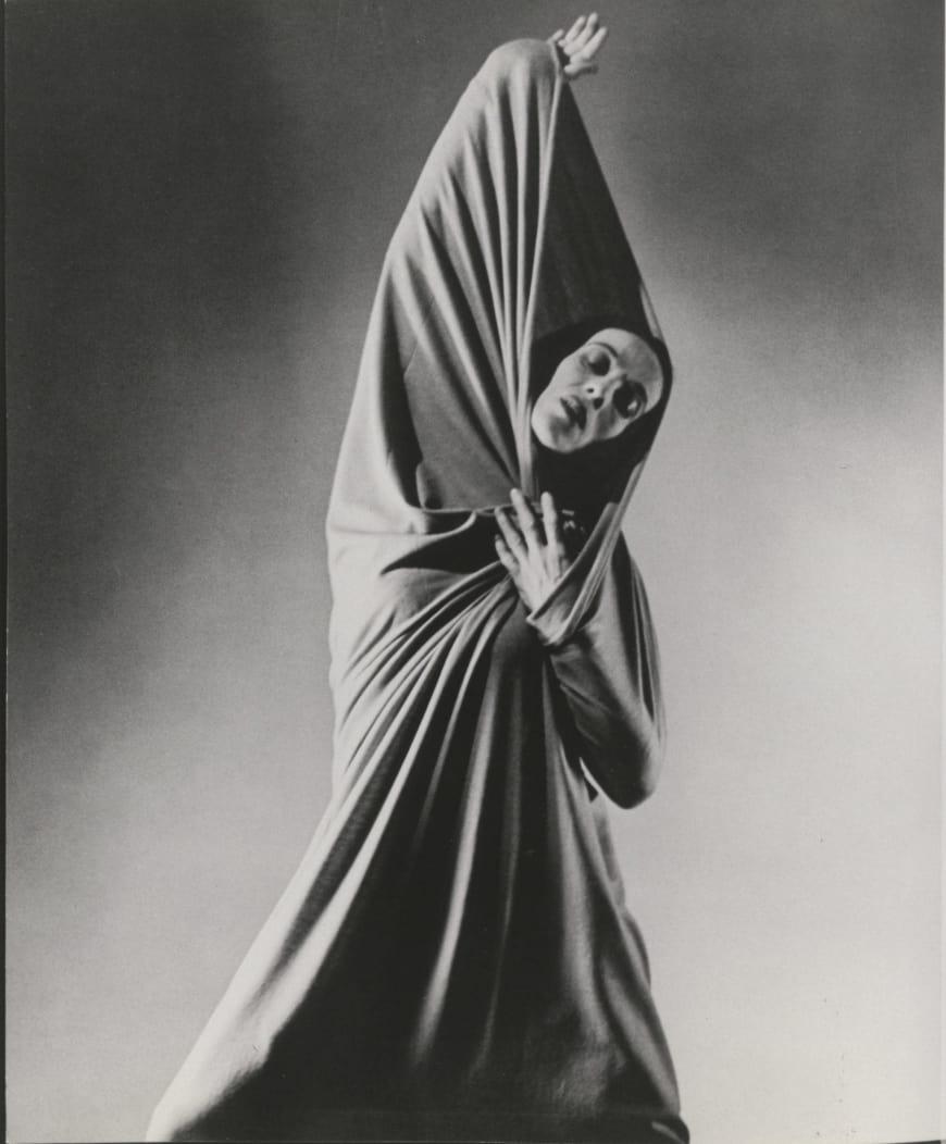 Martha Graham dans Lamentation