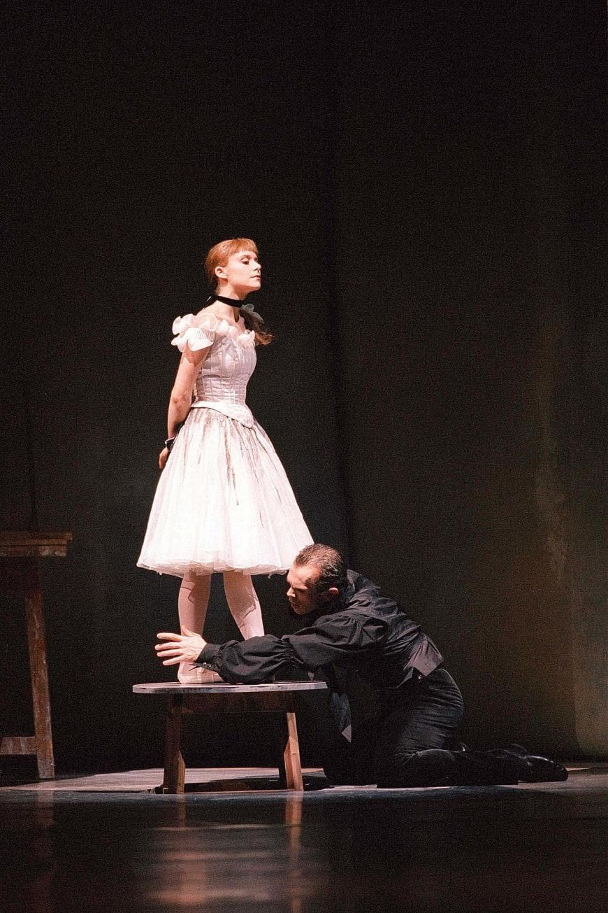 Laëtitia Pujol et Wilfried Romoli dans La Petite Danseuse de Degas