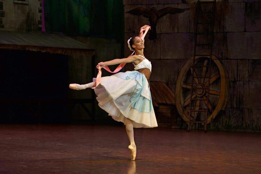 Letizia Galloni dans « La Fille mal gardée » de Frederik Ashton
