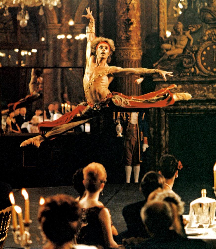 Les Uns et les Autres, film de Claude Lelouch, 1981. Jorge Donn y interprète le Boléro de Maurice Béjart.